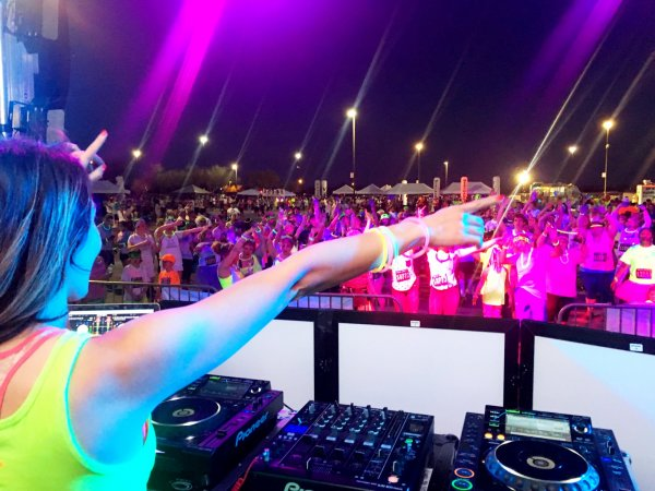 DJ Amanda Rose